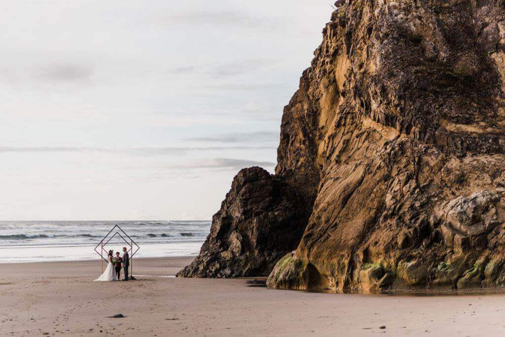 S Photography Geometric Elopement Oregon Coast