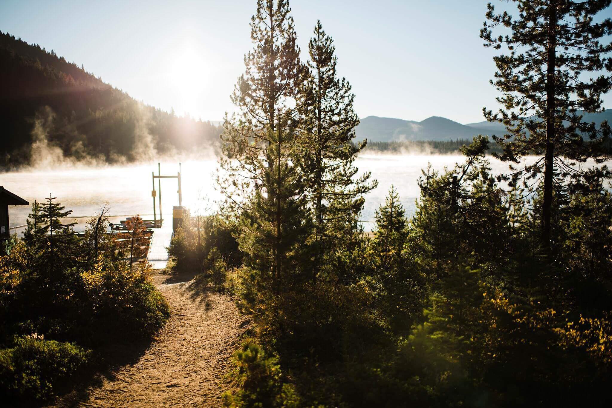Canoe-Lake-Adventure-Engagement-Session-Oregon-Lemolo-S-Photography_0001.jpg
