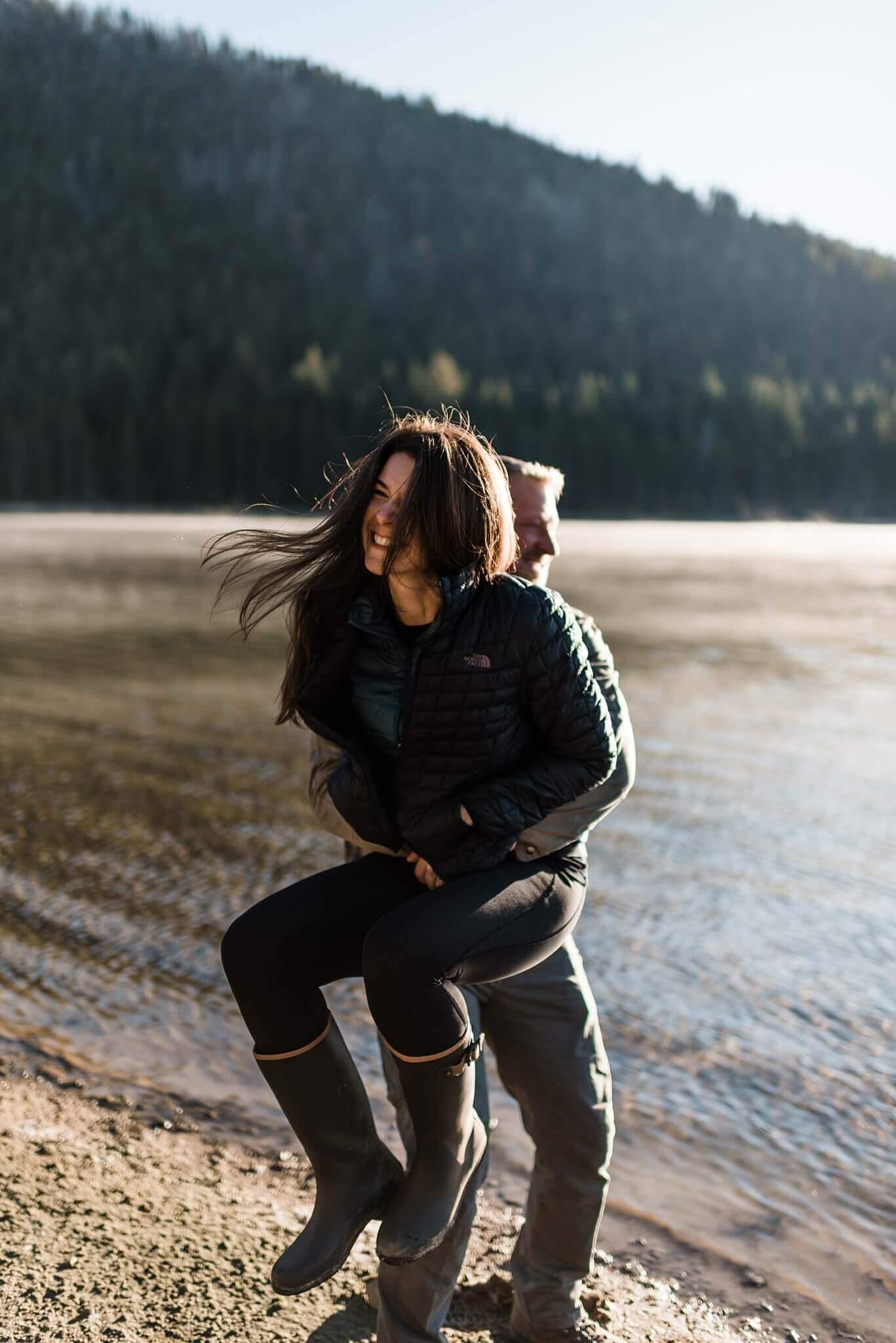 Canoe-Lake-Adventure-Engagement-Session-Oregon-Lemolo-S-Photography_0003.jpg