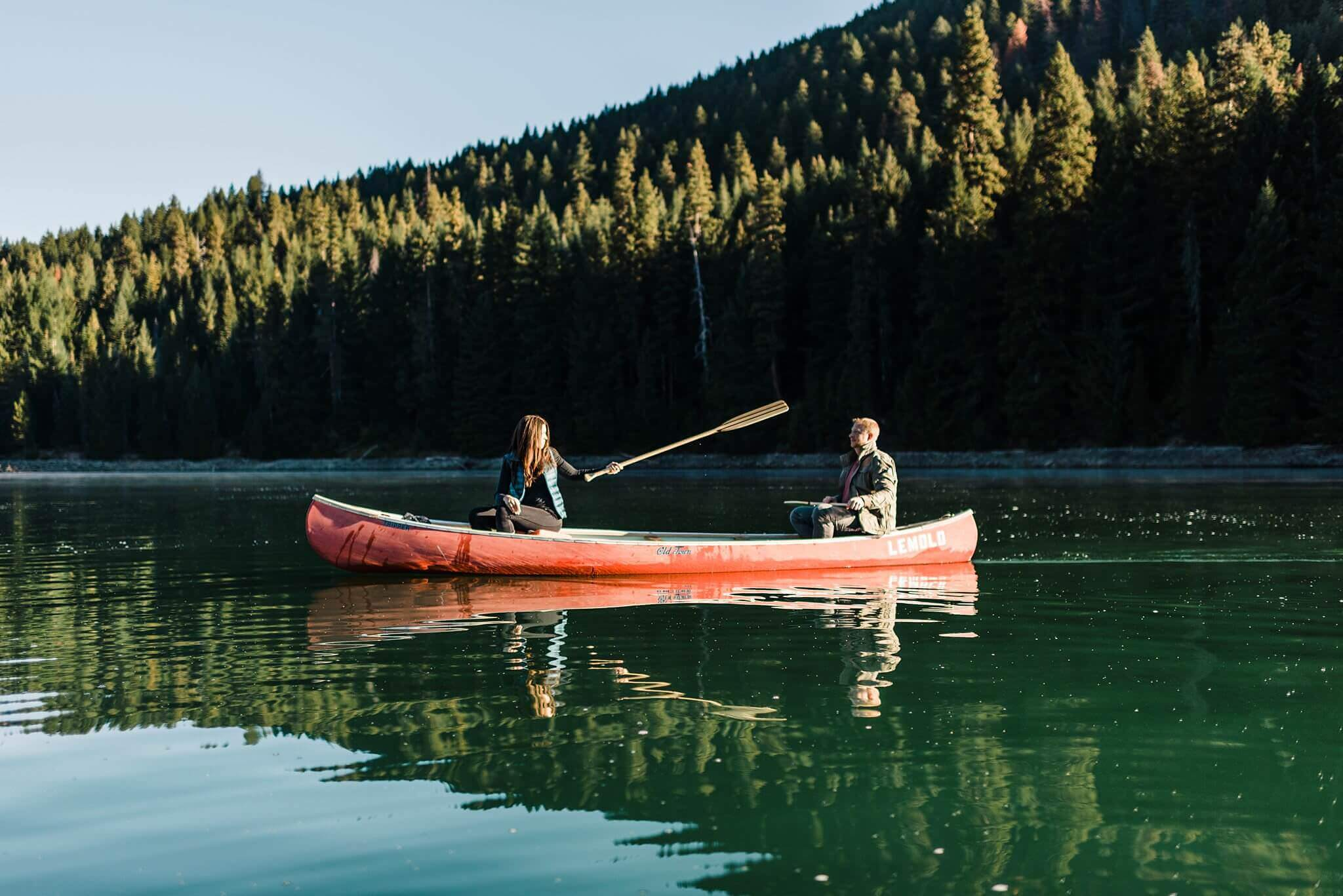 Canoe-Lake-Adventure-Engagement-Session-Oregon-Lemolo-S-Photography_0012.jpg