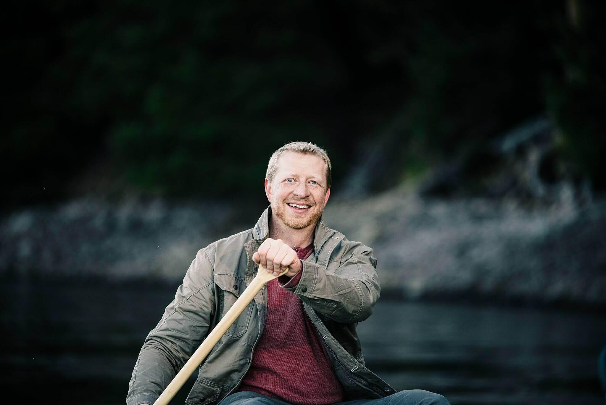 Canoe-Lake-Adventure-Engagement-Session-Oregon-Lemolo-S-Photography_0016.jpg