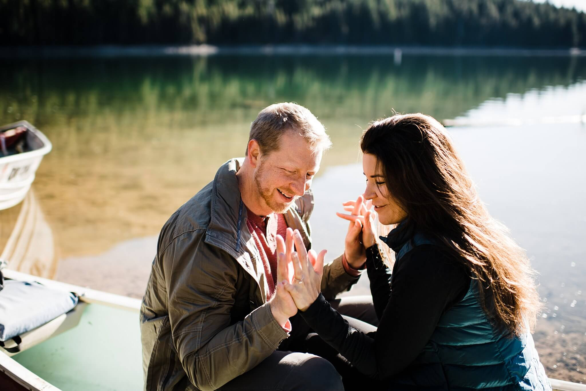 Canoe-Lake-Adventure-Engagement-Session-Oregon-Lemolo-S-Photography_0019.jpg