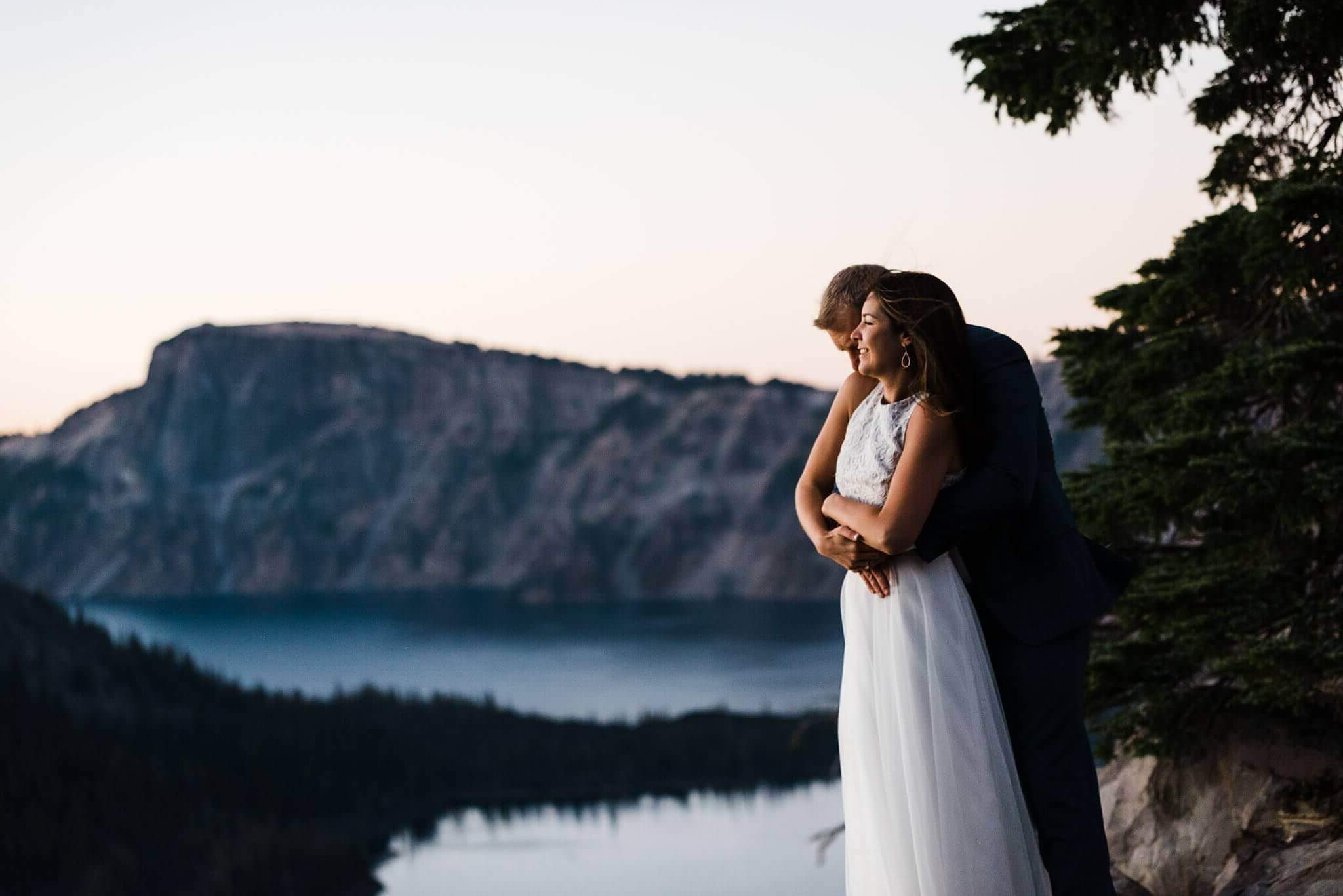 crater lake national park, adventure elopement, intimate wedding