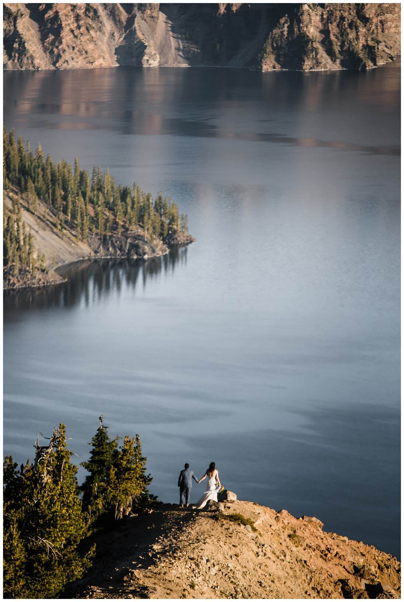 Crater-Lake-National-Park-Adventure-Elopement-Oregon