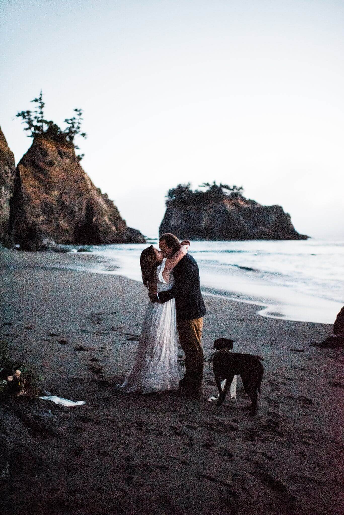 S Photography,adventure elopements,beach wedding,boho wedding,brookings,elopement,elopement photographer,indie wedding,intimate wedding,oregon,oregon coast,pacific northwest,samuel h. boardman,