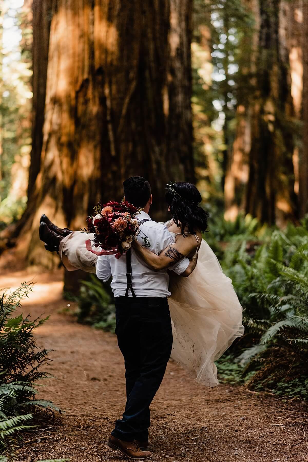 Allison-Brooks-Jedediah-Smiith-Redwoods-Adventure-Elopement-Wedding-S-Photography-Blog_0033.jpg
