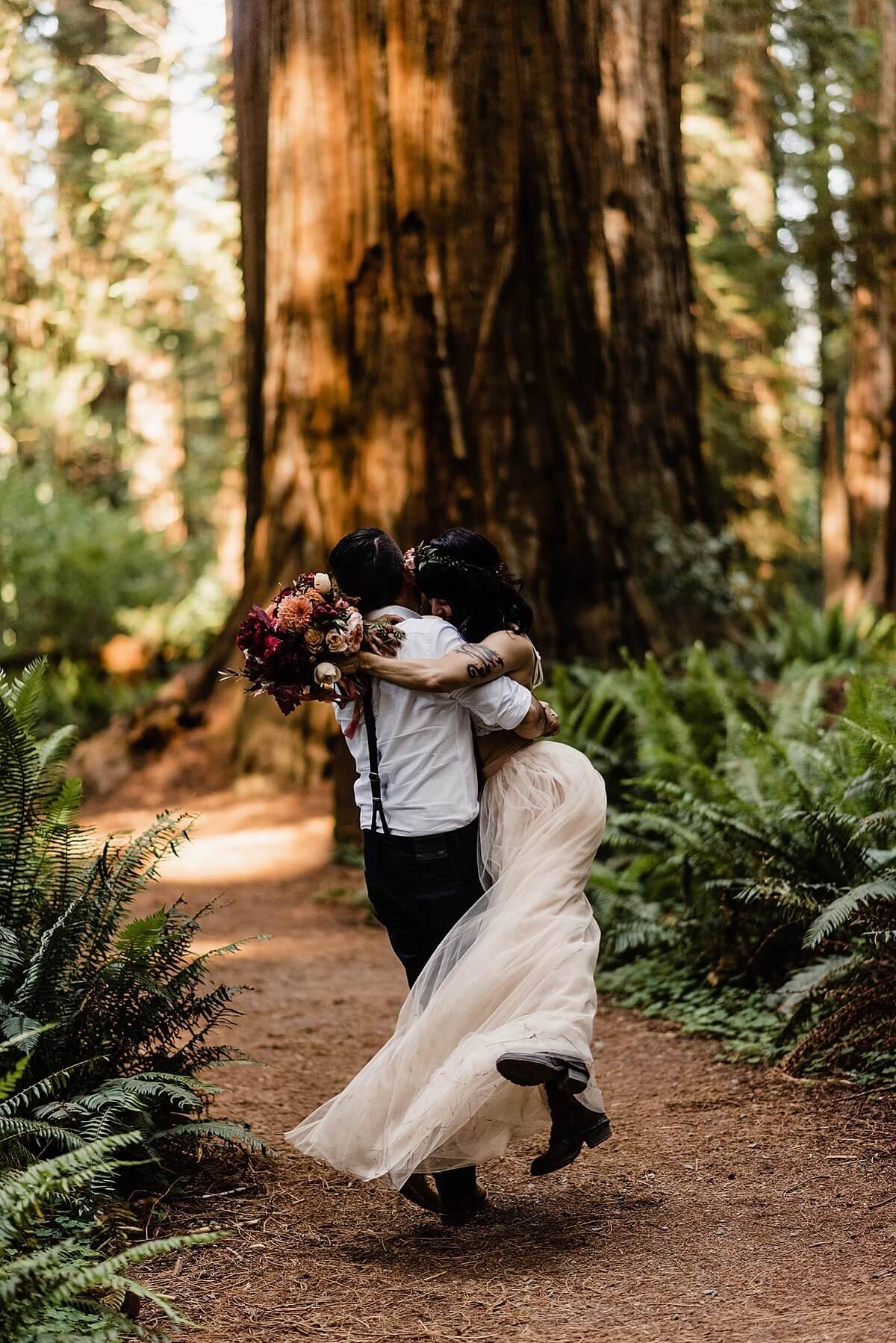 Allison-Brooks-Jedediah-Smiith-Redwoods-Adventure-Elopement-Wedding-S-Photography-Blog_0034.jpg
