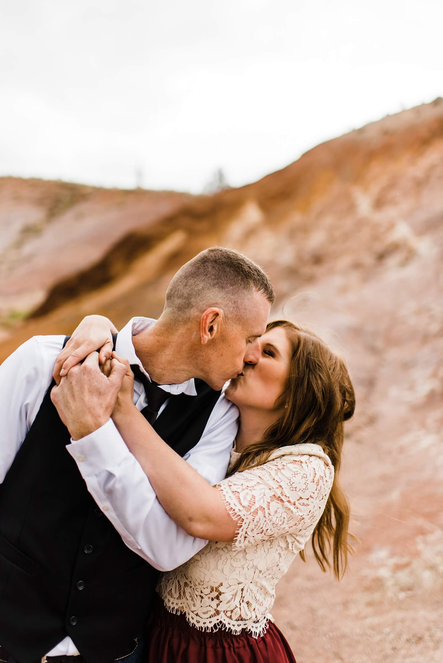 Painted Hills,adventure elopement photographer,adventure session,desert engagement session,engagement session,oregon engagement photos,oregon photographer,pacific northwest,sam starns,